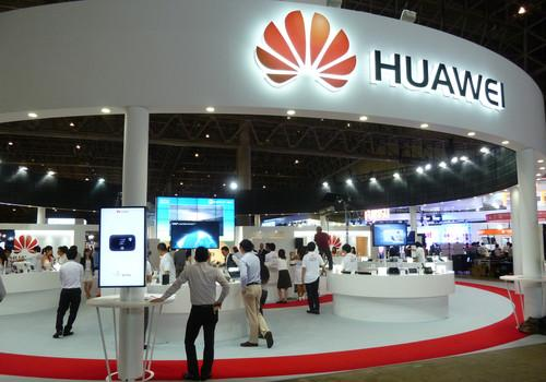 Huawei promotes telecom products at Ceatec 2013