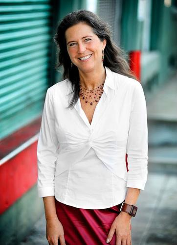 Fashion executive Ivy Ross is joining Google on May 19 to lead the company's Glass efforts.