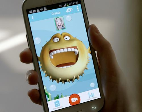 Intel's Pocket Avatars 3D mobile chat app uses face-tracking tech (1)