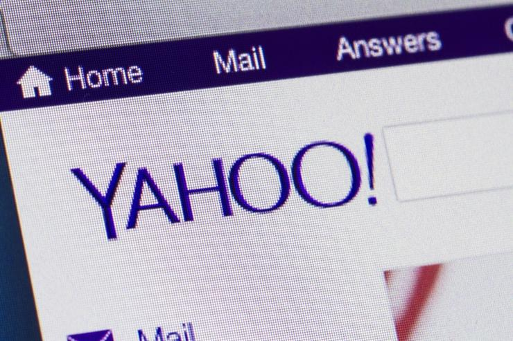 Yahoo users close accounts amid fears