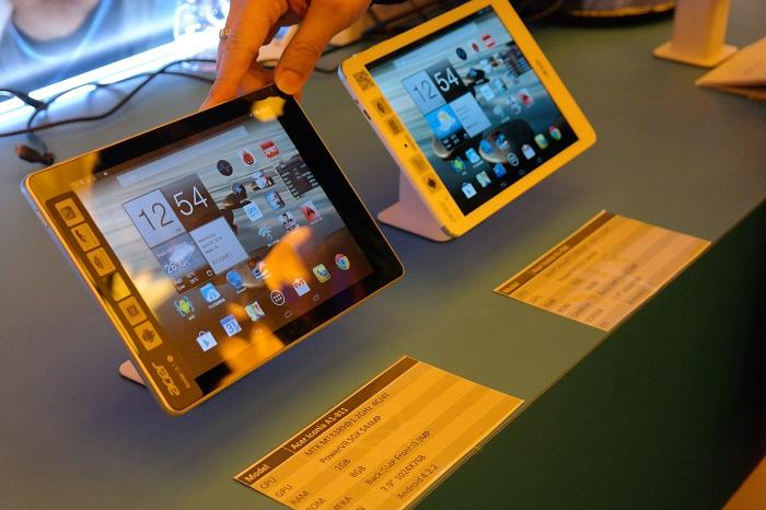 Intel-based tablets with dual- and quad-core processors running Android.