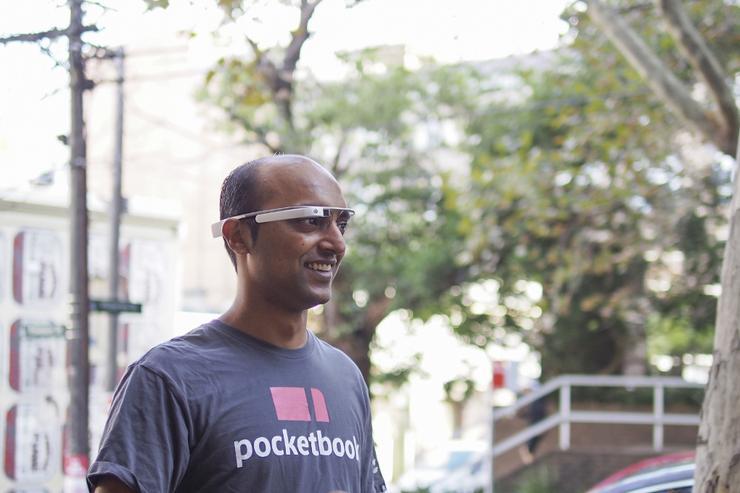 Pocketbook CEO Alvin Singh tests Google Glass.