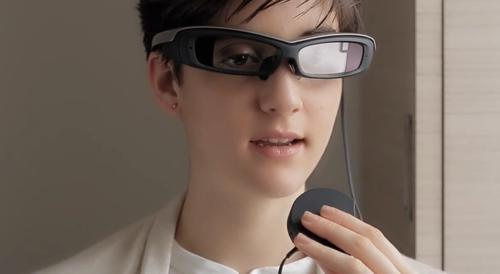 Sony said Tuesday it will release its Android-compatible smart glasses for US$840 in early March, targeting developers and industrial applications ahead of a commercial release in 2016.